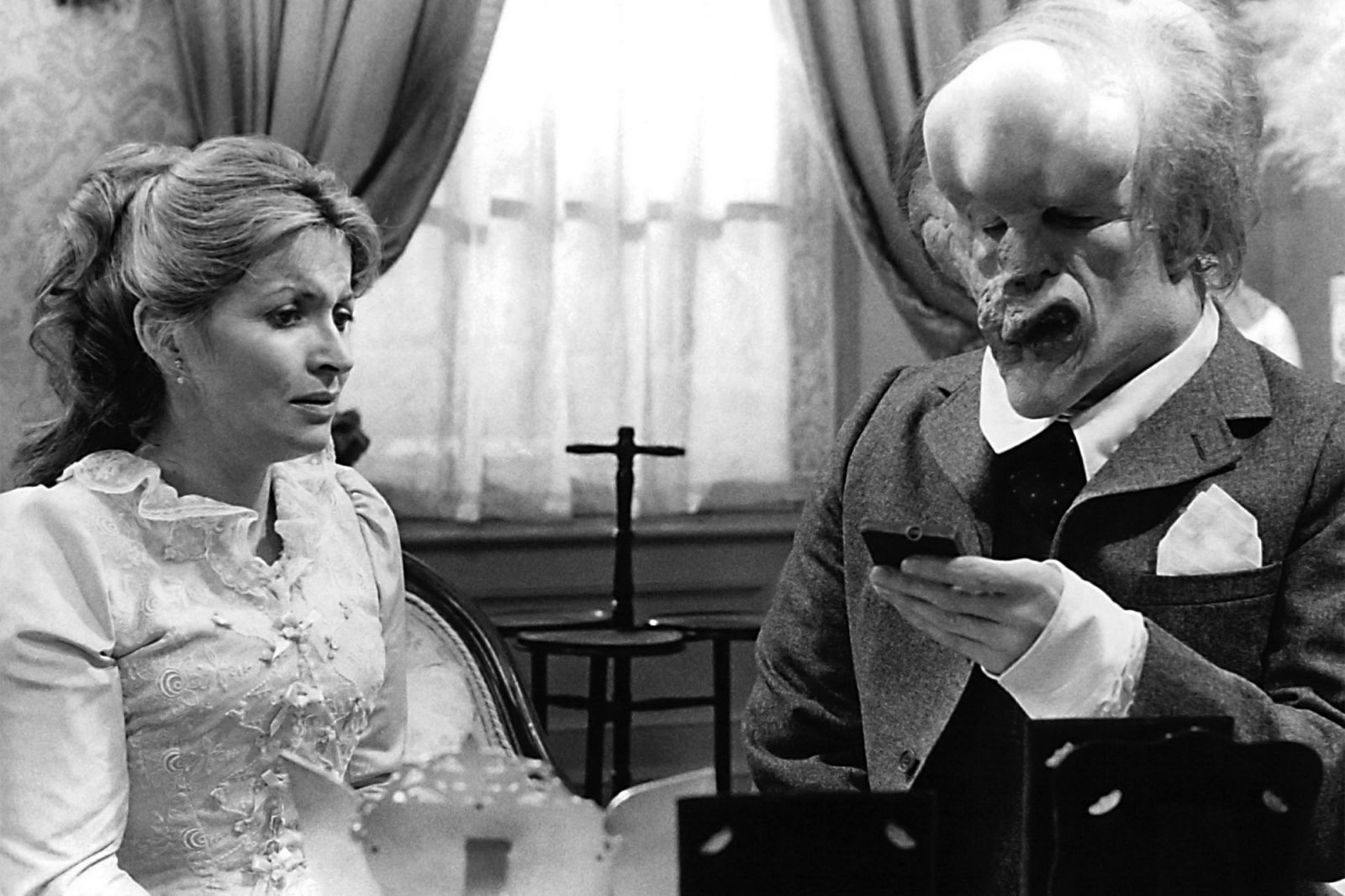 a review of the film the elephant man Following film / the elephant man go to the film's version of events take place from 1889 to april 1890, a possible explanation for the odd timeline of the film the night porter's name is jim renshaw.